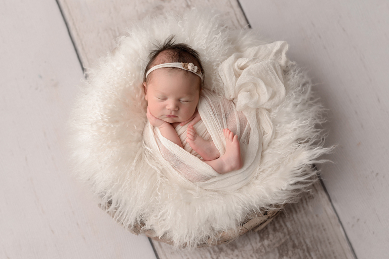 Sweet Simple Timeless baby girl Lisa Millerick Photos